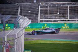 Valtteri Bottas crashes in Q3