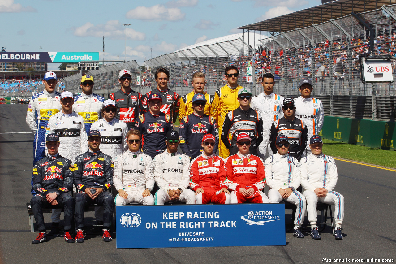 Liberty Media agrees to acquire F1