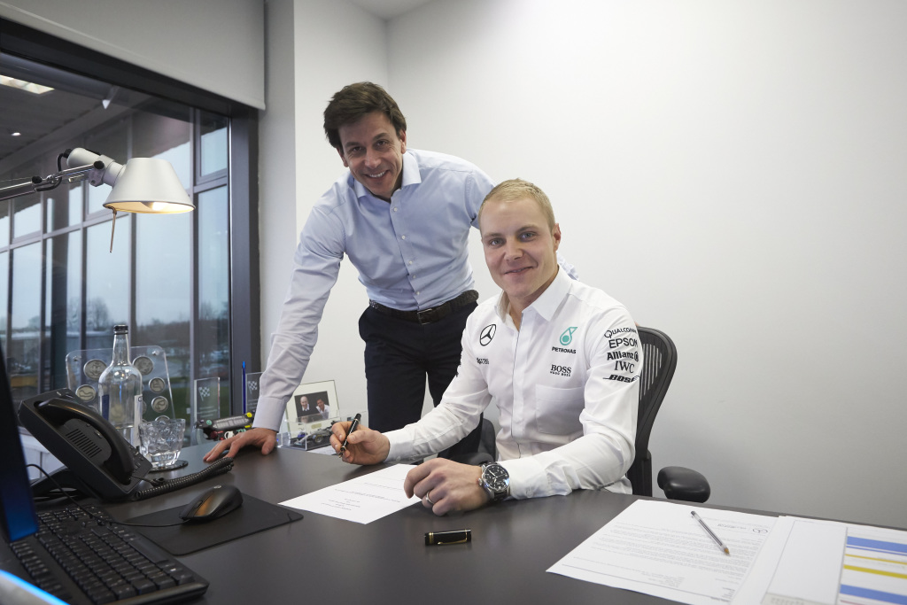 Valtteri Bottas signs for Mercedes