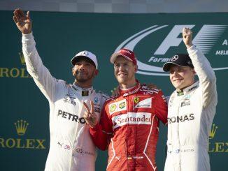 Sebastian Vettel wins the 2017 Australian Grand Prix