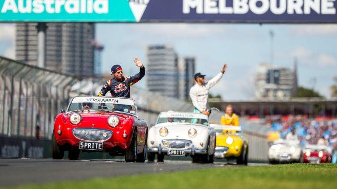 2017 Australian Grand Prix Qualifying LIVE - 3Legs4Wheels