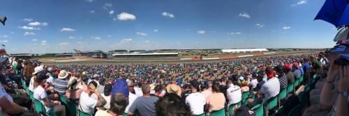 The crowd at the final turn - Pic by James Penney